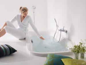 Как выбрать ванну в новую квартиру