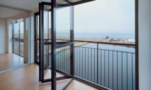 Остекление балконов или лоджий своими руками